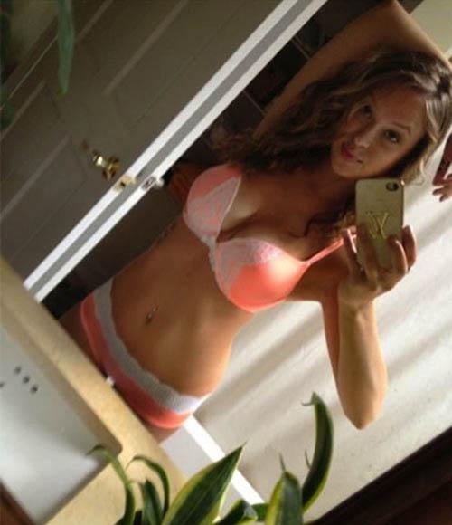 Ambil kekuatan Boob selfie Happy Girl (28)