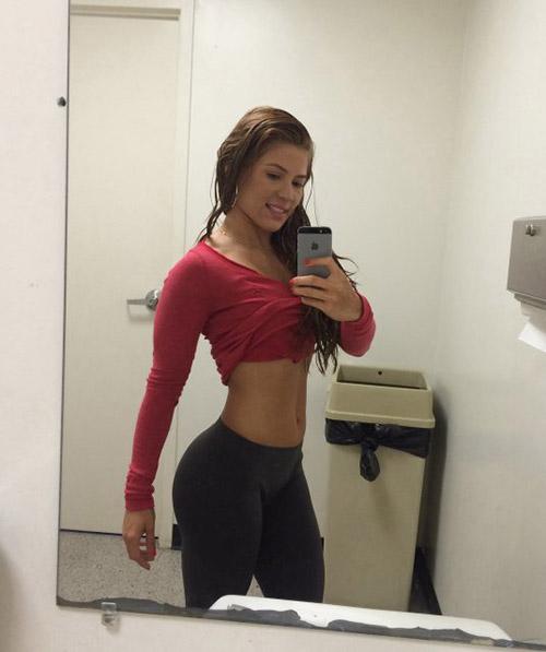 Ambil kekuatan Boob selfie Happy Girl (3)