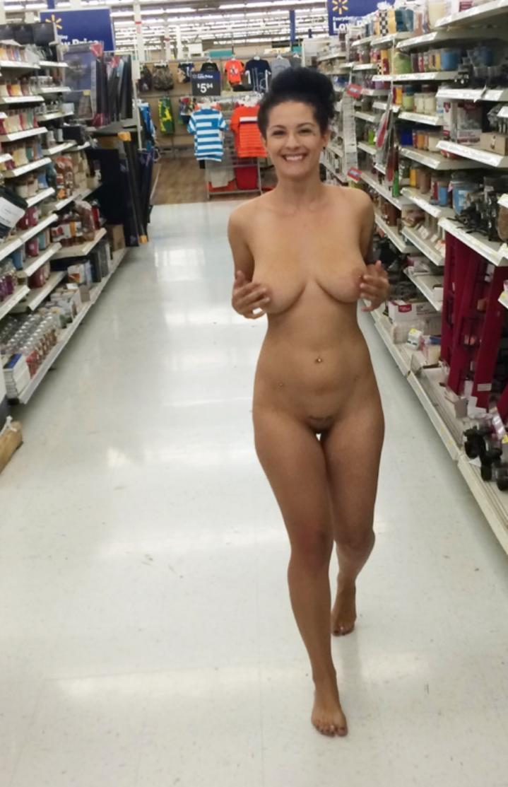 shopping Naked mall girl
