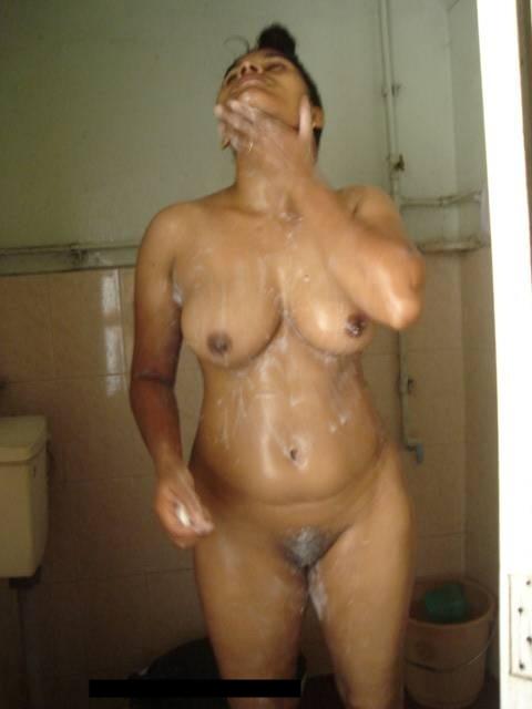 India Vabi berenang mencuci telanjang idiot nya jahat Juicy